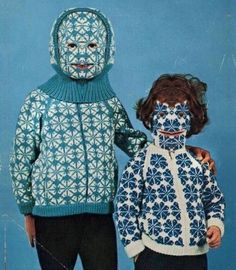 Why settle for boring knitwear when you can have a bizarre and hilarious knitted hat, a full-body sweater, or even something called a Willie Warmer? Funny Christmas Pictures, Funny Pictures, Christmas Pics, Funny Pics, Hilarious, Dbz, Ski Vintage, Image Tumblr, Pikachu