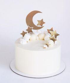 eid al fitr 2018 cake Pretty Cakes, Beautiful Cakes, Cupcake Cakes, Cupcakes, Eid Cakes, Birthday Parties, Birthday Cake, Star Cakes, Moon Cake