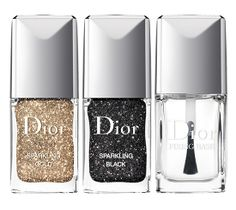 Nail polish for Christmas party. Make sure I have serious black eye liner to go with it. Dior 'Sparkling Nail Powders' Set (Nordstrom Exclusive) available at Love Nails, How To Do Nails, Pretty Nails, Nails Polish, Glitter Nail Polish, Dior Nails, Gold Nail, Beauty Nails, Beauty Makeup
