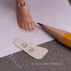 Make Custom Fitted Shoe Patterns for Dolls