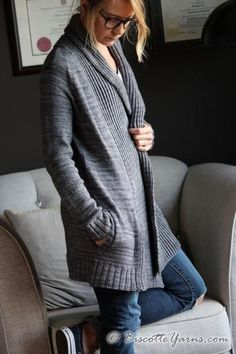 FREE DK Pure Comfort Cardigan is an original design by Andrea Yetman for Biscotte Yarns ♥ We are happy to offer this cardigan pattern free of charge. patterns free cardigans Pure Comfort Cardigan pattern by Andrea Yetman Knitting Patterns Free, Knit Patterns, Free Pattern, Oversized Cardigan, Long Cardigan, Felted Slippers Pattern, Strick Cardigan, Knit Cardigan Pattern, Lana