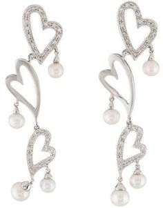 white gold heart drop earrings featuring near-round cultured pearls, carats of round brilliant diamonds and clutch back closures. Mikimoto Pearls, Keshi Pearls, Cultured Pearls, Pearl Diamond, Diamond Heart, Heart Shaped Earrings, Drop Earrings, Brilliant Diamond, Sterling Silver Jewelry