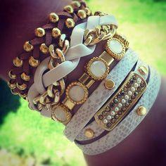 Pulseirismo branco e caramelo. www.bethsouza.com.br  Arm party, bracelets, bracelet,style, look, arm swang, statement ,acessórios, acessories,