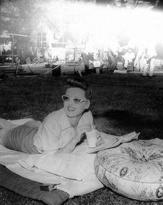 Bette Davis cute as a button in really rad retro sunglasses