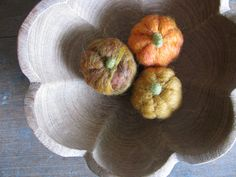 Felted wool pumpkins for Halloween and Harvest for von HouseOfMoss