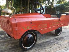 -- VINTAGE HOOK & LADDER PUMPER 519 FIRE TRUCK 1960'S ALL METAL PEDAL CAR