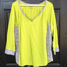 100% cotton lime green top Adorable 100% cotton lime green and gray flowy top. V-neck with gray accents. 3/4 sleeves. In excellent condition- like new! Thanks for looking. new directions Tops Tees - Long Sleeve