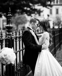 Wedding Day hairstyle. Natural simple wedding hairstyle.  Jon Reindl Photography.  Orlando wedding photography