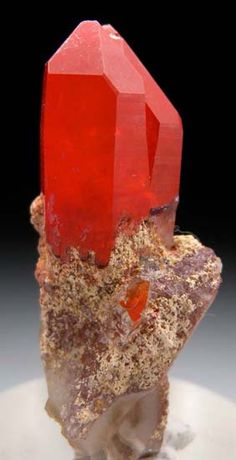 Hematite in Quartz from Orange River, Karas Region, Namibia [db_pics/pics/t942a.jpg]