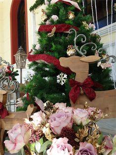 στολισμός εκκλησίας, διακόσμηση βάφτισης για Χριστούγεννα, annassecret, Χειροποιητες μπομπονιερες γαμου, Χειροποιητες μπομπονιερες βαπτισης Christmas Wreaths, Christmas Decorations, Holiday Decor, Home Decor, Decoration Home, Room Decor, Home Interior Design, Christmas Decor, Christmas Tables