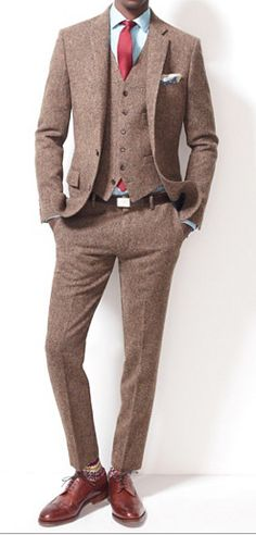 Tweed suit - Very professorial!
