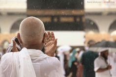 It was raining in #Makkah early in the morning to welcome #Hajj pilgrims!