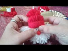 merry Christmas, Babbo natale da appendere da realizzare con i bambini // Наталья Карпачева Dollar Store Christmas, Christmas Gnome, Christmas Crafts For Kids, Xmas Crafts, Simple Christmas, Merry Christmas, Dyi Decorations, Christmas Decorations, Christmas Ornaments
