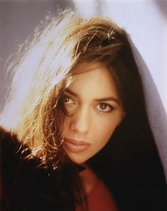 http://static3.moviesfan.org/source/files/wallpapers/susa/36718-susanna-hoffs298589.jpg