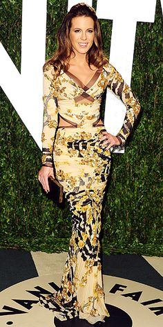 Kate Beckinsale: looking absolutely fabulous at the Vanity Fair party in an embellished Atelier Versace gown!