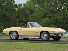 1967 Pale Yellow Chevrolet Corvette Sting Ray Convertible