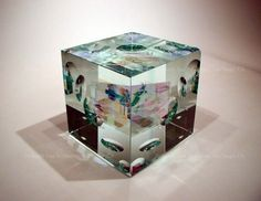 Image > Jack Storms glass art sculptures - cube green 1