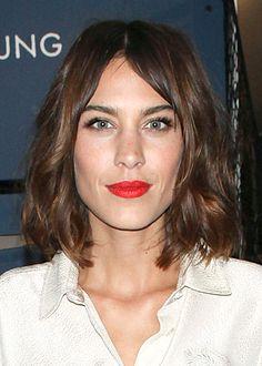 Voici les inspirations cheveux bruns les plus tendance pour vous aider! Toutes les coupes et couleurs à louloumagazine.com!