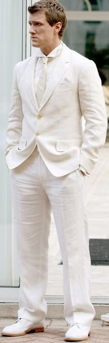 For a summer wedding, a vacation stunner, a fly night out, or if you just wanna make lasting impression,  you can't beat the lux look of a white linen suit.  Just sayin'. -LM Ross