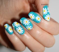 Fictionail My daisy nail art for the start of Spring! You can read about them here! Daisy Nail Art, Daisy Nails, Flower Nail Art, Fabulous Nails, Gorgeous Nails, Trendy Nails, Cute Nails, Spring Nails, Summer Nails