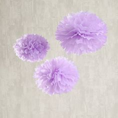 These nine lavender pom poms are perfect for a spring time wedding or pastel themed party. Dot these pretty poms around your venue for a simply yet stunning finishing flourish. Each pom pom features a white hanging ribbon for easy display and you will receive 6 x 40cm and 3 x 30cm pom poms. They look beautiful whether dotted around a room individually or clustered together with other colours. Only a small amount of DIY is required to make these look fabulous. Place each pom pom on a flat…