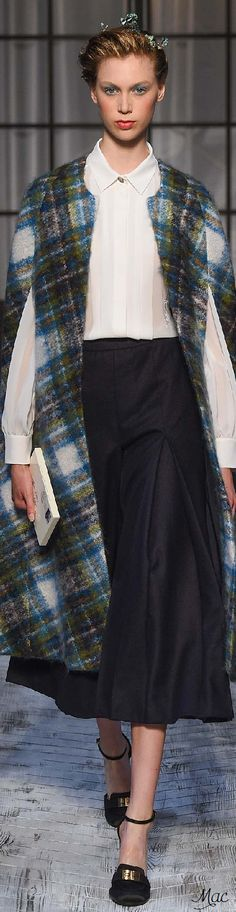 Fall 2015 Couture Schiaparelli +