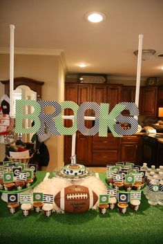 Love this! If GT doesn't want a football party at some point, I'll use for a watch party!