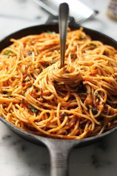 Simple Spaghetti Fra Diavolo #meatlessmeals #quickcooking