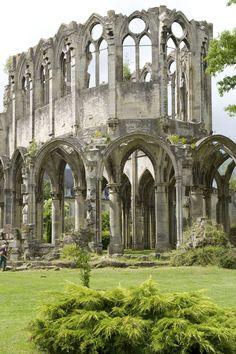 La Première Guerre Mondiale : l'Abbaye de Chiry-Ourscamp | Oise Tourisme - Jean-Pierre Gilson