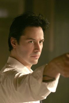 Still of Keanu Reeves in Constantine