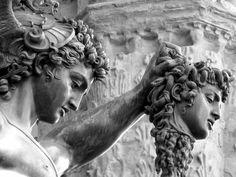 Benvenuto Cellini: Perseo con la testa di Medusa, 1545-1554