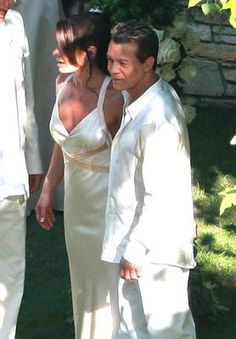 1000 images about celeb weddings on pinterest celebrity for How long were eddie van halen and valerie bertinelli married