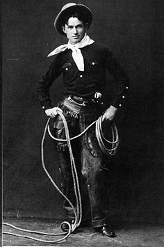 WILD WEST PERFORMER: Will Rodgers began his rise to stardom as a vaudeville performer in the His great accomplishments and fame would made him a popular figure, nationwide, in later decades. Will Rodgers, Le Far West, Native American Indians, Native Americans, Cherokee Indians, Old West, Dog Quotes, Oklahoma, In This World