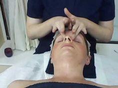 Facial massage part 2 (of 2) Massage Tips, Massage Techniques, Facial Massage, Massage Therapy, Facial Tips, Facial Care, Medical Aesthetician, Facial Room, Skin Care Specialist