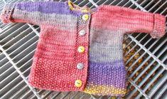 Babykofta i ett stycke | Knitting For Kids, Baby Knitting Patterns, Knitting Projects, Baby Barn, Bra Hacks, Crochet Baby Clothes, Baby Outfits, Free Pattern, Knit Crochet