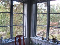 Våla Specialsnickeri - Referenser Cabin, Windows, Porches, House, Glass, Garden, Red, Decor, Front Porches