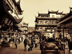 Beautiful! Old #Shanghai (photograph by Robert Knight)