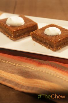 Add a little bourbon to your bars! These Bourbon Pumpkin treats are great for your Thanksgiving dessert spread.