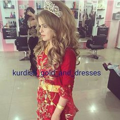 Jli Kurdi, Arab Swag, Fashion Hub, Big Hair, Big And Beautiful, Traditional Dresses, Kurdistan, Culture, Hair Styles