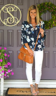 Stitch Fix Alice Blue Chlo Lace Up Blouse - the perfect summer outfit for a night out!