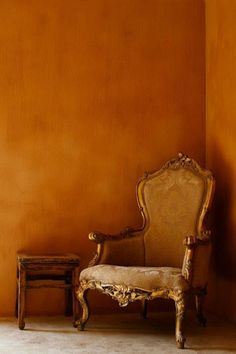 Just like the wall color in my own room Wall Colors, Paint Colors, Colours, Orange Walls, Burnt Orange Paint, Rust Orange, Orange Brown, Terracota, Wall Treatments