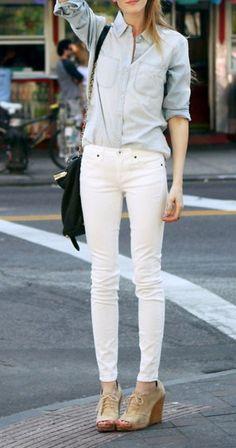 White skinny jeans + chambray.
