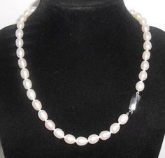 Tiffany & Co Sterling Oval Pearl Necklace Strand 9 x 7 mm Freshwater Wedding Jewelry, Jewelry Box, Jewelery, Vintage Jewelry, Fine Jewelry, Women Jewelry, Unique Jewelry, Tiffany And Co Jewelry, Pearl Necklace