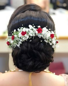 Can't stress enough how important hair is to get the whole look right. Neatness of the hair is essential as much the whole styles is. Wedding Hairstyles With Crown, Bridal Hairstyle Indian Wedding, Engagement Hairstyles, Bridal Hair Buns, Braided Hairstyles For Wedding, Wedding Hair Down, Indian Hairstyles, Bride Hairstyles, Hairstyle Short