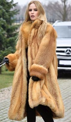 Fox Fur Coat, Fur Coats, Fur Coat Fashion, Red Fox, Leather Gloves, Style Guides, Mantel, Women Wear, Long Coats