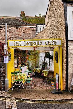Fat Lemons Cafe in Totnes, UK