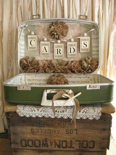 Vintage Suitcase Wedding Card Holder por TheShabbyChicWedding