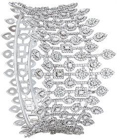 Popular Bracelet Shopping picked just for you High Jewelry, Modern Jewelry, Jewelry Art, Jewelry Design, Diamond Bracelets, Diamond Jewelry, Bangle Bracelets, Art Nouveau, Silver Diamonds