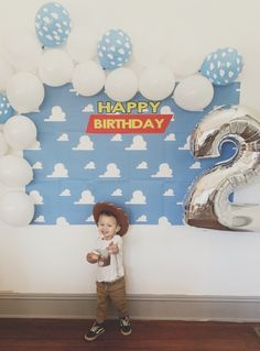 My son Judah just turned two years old! So we threw a Toy Story themed birthday party! 2nd Birthday Party Themes, Leo Birthday, Second Birthday Ideas, Baby Boy Birthday, Toy Story Birthday, Birthday Party Decorations, Cumple Toy Story, Festa Toy Story, Toy Story Theme