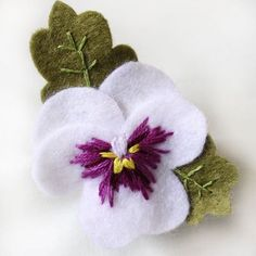 Pansy Brooches Hand Embroidered Felt Pansy Brooch Available image 4 Felt Crafts Diy, Felt Diy, Sewing Crafts, Felt Flowers, Fabric Flowers, Fabric Flower Brooch, Fleurs Diy, Felt Brooch, Brooch Pin